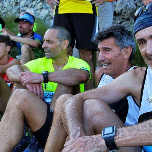 Atleti sorridenti dopo aver Scalato il Diamante